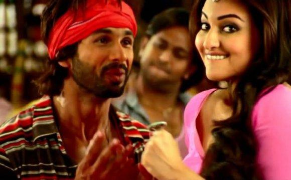 Смотреть индийские клипы 2013